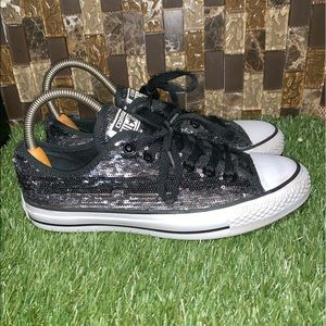Converse- Sequin Black and Gray